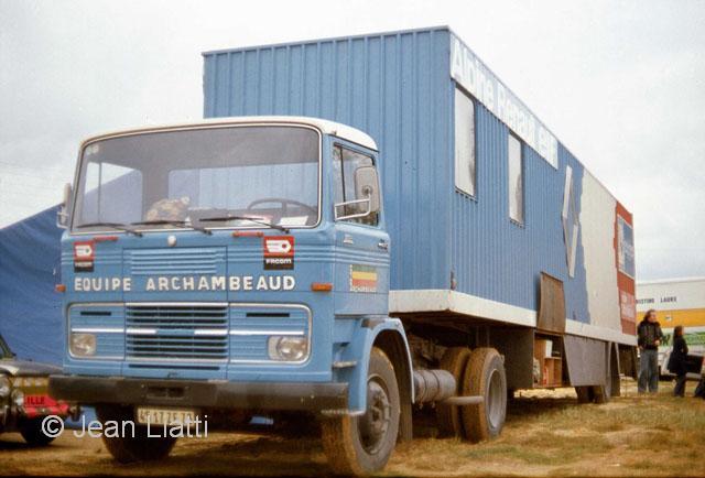 collection camions d 39 autrefois altaya page 367 presse mod lisme et mod les r duits. Black Bedroom Furniture Sets. Home Design Ideas